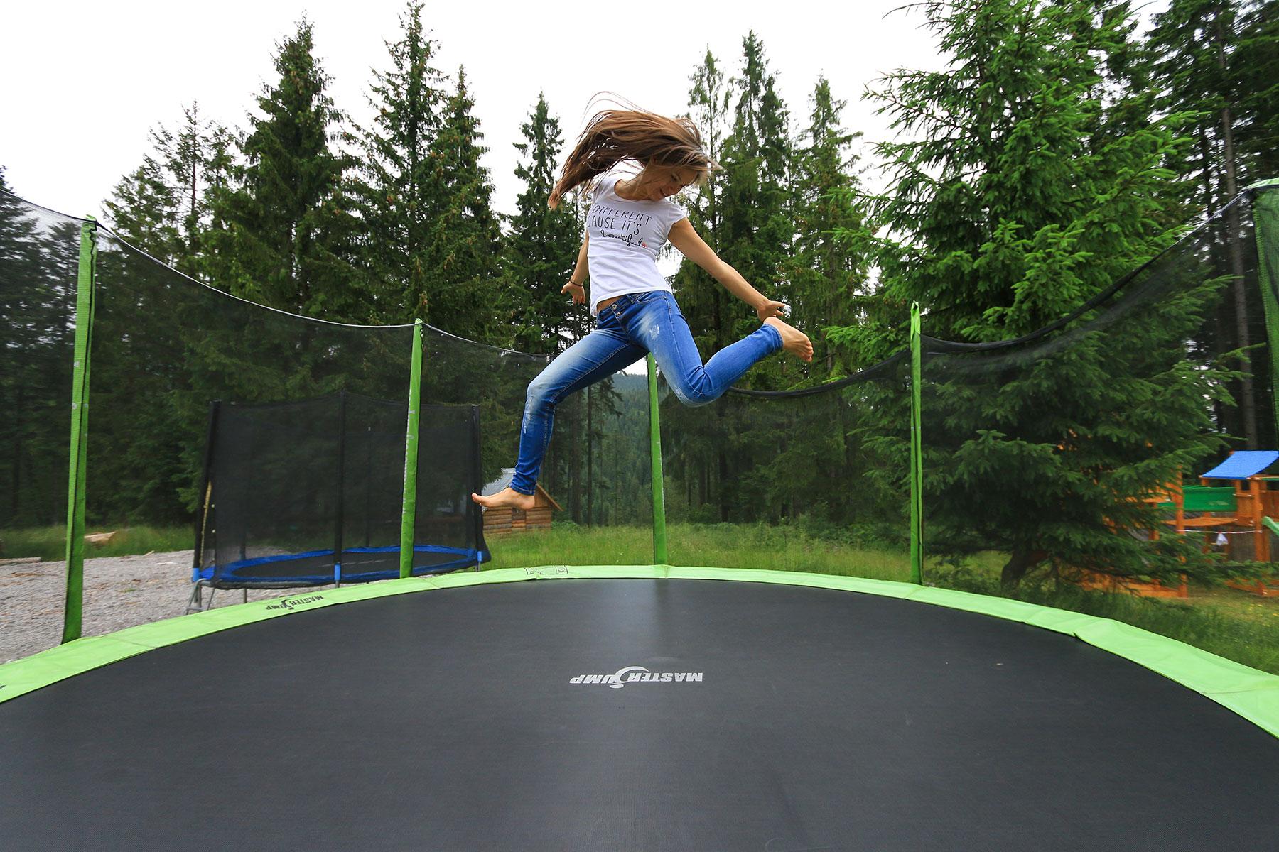 trampolina-a-blogerka-skace